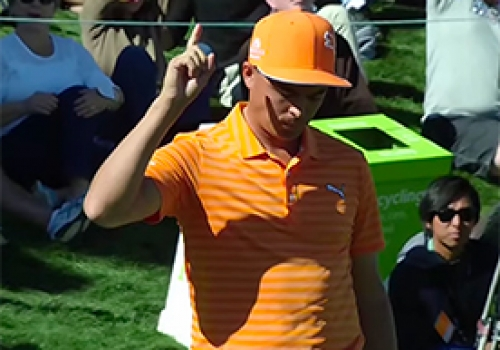 Rickie Fowler's Birdie Chip-In On No. 10